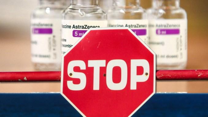 Codacons chiede risarcimento ad AstraZeneca, 10mla € per ogni under 60