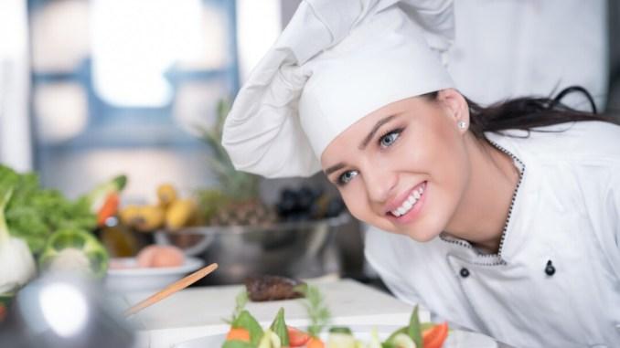 Extra cuoca, primo concorso nazionale dedicato alle cuoche professioniste