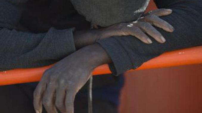 Migranti, naufragio al largo della Tunisia: 17 morti