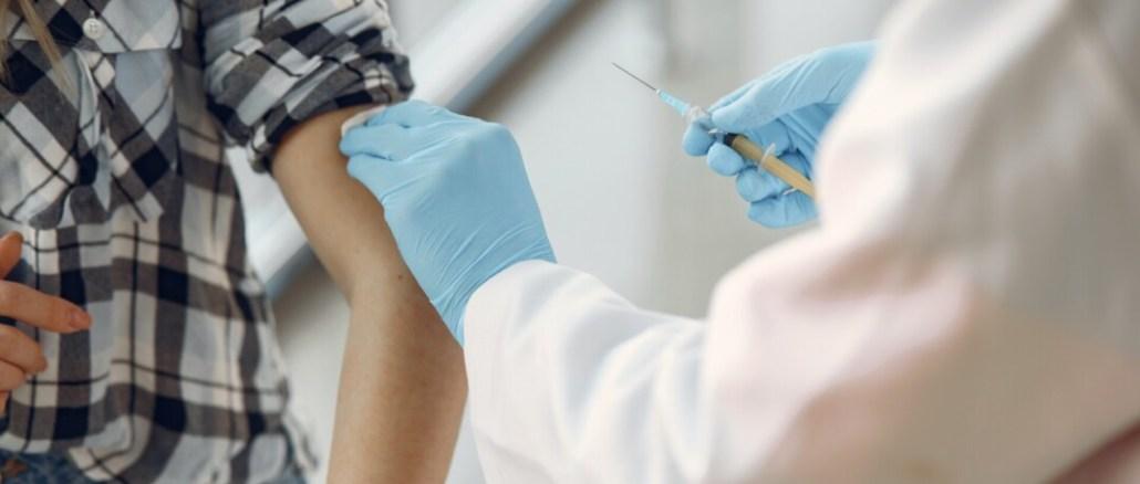 D'Vaccini, D'Angelo: prioritario intervenire su fasce 20-29 e 12-19 anni. Entro la prima decade di agosto saranno chiamati a vaccinarsi