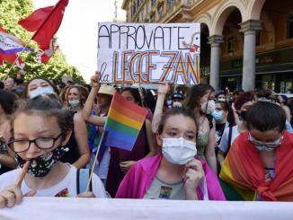 Ddl Zan, strada in salita: Renzi e Salvini sfidano Pd e M5S