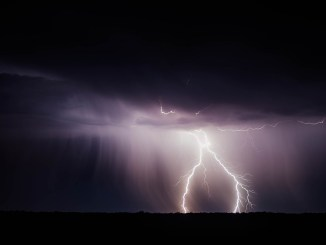 Meteo, 26-28 Aprile, temporali, nubifragi e neve sulle Alpi [VIDEO]