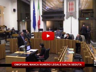 Perugia, legge contro discriminazioni sessuali, manca numero legale e salta la seduta