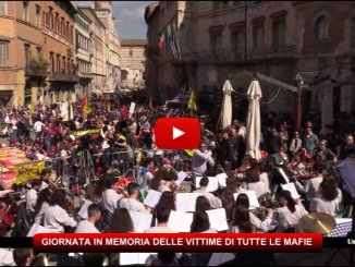 """Mafie, Giornata in memoria, Perugia """"invasa"""" dai colori e dai cori di Libera"""