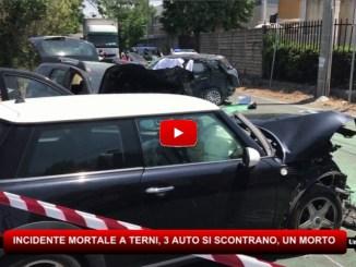 Incidente mortale a Terni, tre auto si scontrano, muore un 49enne