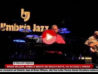 Brian Wilson, a Umbria Jazz con Pet Sounds, tutta l'Arena canta e balla