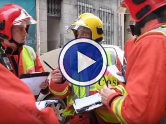 Crollano due palazzi video registrato nel centro di Marsiglia in Francia