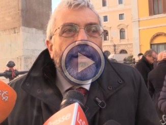 Tagli all'editoria: sit-in Fnsi video davanti a Montecitorio