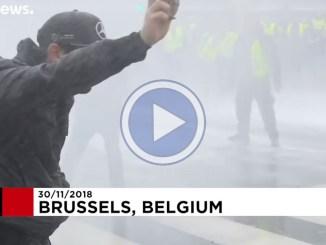 La protesta dei gilet gialli è arrivata anche a Bruxelles il video