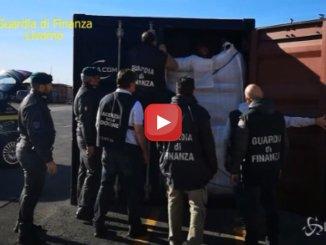 Oltre 600 kg di coca nascosti nel caffè: maxi sequestro al porto di Livorno