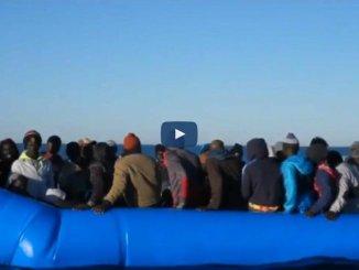 Sequestrata a Lampedusa la Mare Jonio, la procura un'inchiesta