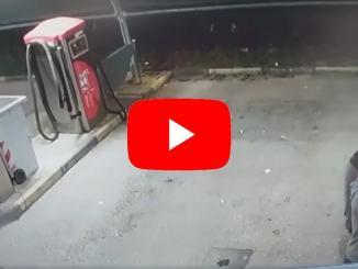 Video inquietante gira in rete, assalto all'autolavaggio, la registrazione