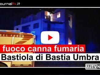 A fuoco una canna fumaria a Bastia Umbra, scarsa manutenzione