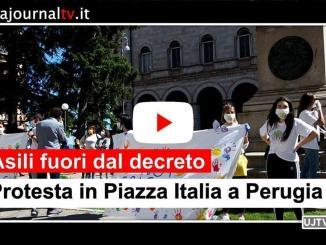 Asili privati fuori dal decreto, protesta in piazza Italia a Perugia