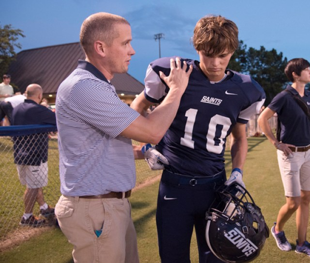 Friday Football Injury Clinic A Game Changer University Of Mississippi Medical Center