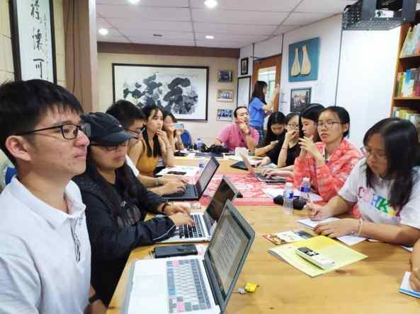 香港中文大学(深圳)的社会实践队。