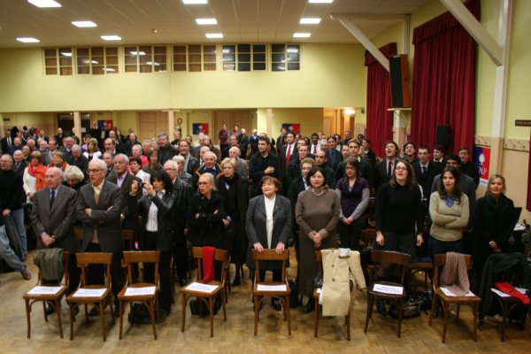 photo_assembl__e_debout_19_novembre_2009img_5441_2_
