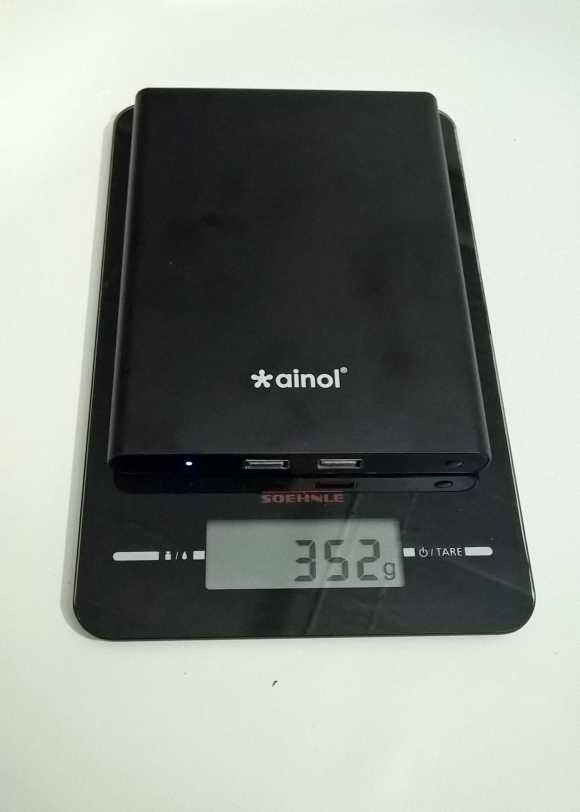 The Ainol Mini PC weighs 352 grams (0.77 pounds)
