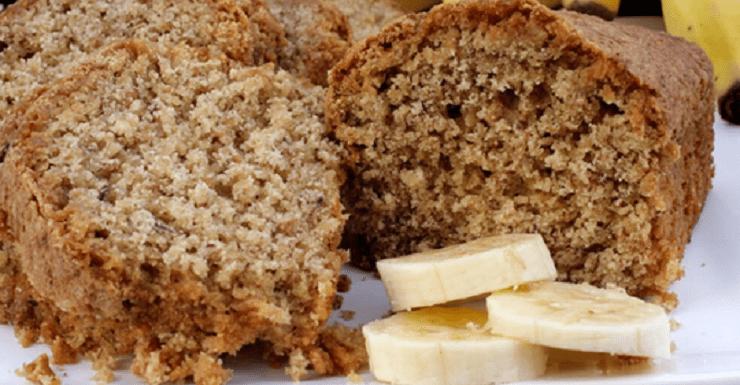 Essa é a melhor receita de bolo de banana no liquidificador: fácil e deliciosa.