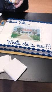 """A cake and other refreshments added to the Willard Hall dedication. BOV Rector Heather Mullins Crislip '95, who lived in Willard as an undergrad, called the event """"poignant."""" Photo by Nancy Pham."""