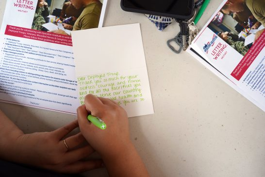 UMW students wrote cards to servicemembers through Operation Gratitude, as well as military families and local veterans. Photo by Suzanne Carr Rossi.