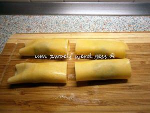 Maultaschen mit Bratwurst und Spinat