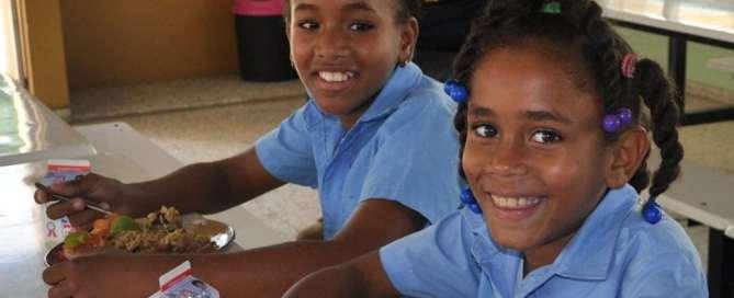 Estudiantes en una escuela de República Dominicana. Foto: @faodominicana.