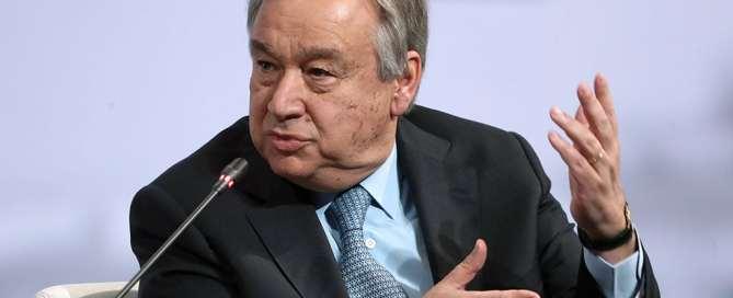 El Secretario General António Guterres durante el Foro Económico Internacional en San Petesburgo. Foto: TASS
