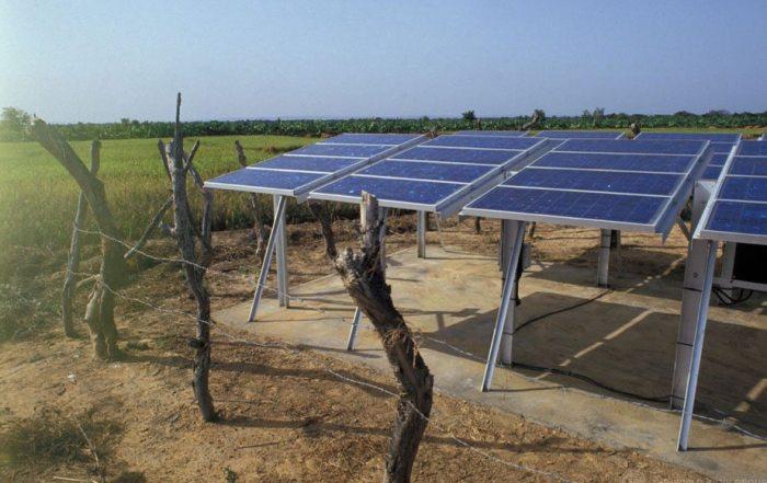 Las energías renovables son un valor fundamental en la lucha contra el hambre y el cambio climático. Foto: Banco Mundial/Curt Carnemark