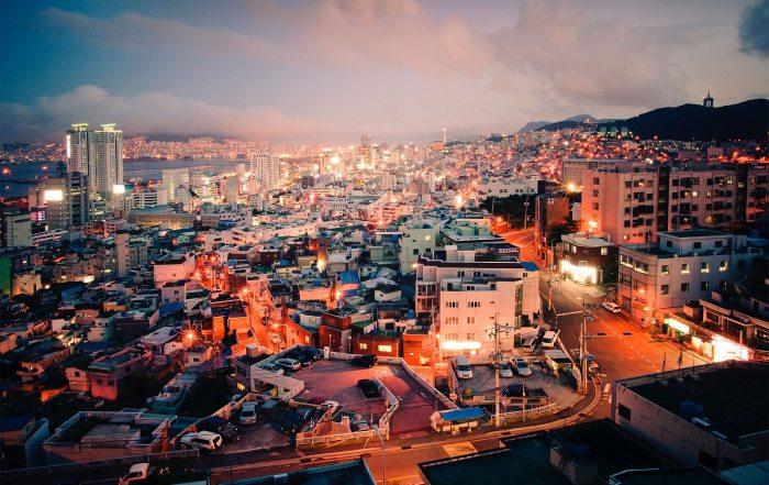 Une vue de Busan, la deuxième ville la plus peuplée de Corée du Sud, après Seoul. Photo ONU/Kibae Park