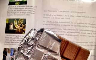 Photo: Carbon neutral chocolate available at COP21.