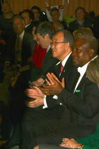 Photo: Ban Ki-moon applauds the SDG Advocates panel in Davos on 21 January.