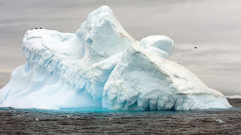 View of the melting Collins Glacier off King George Island, Antarctica, in November 2007. UN Photo/Eskinder Debebe