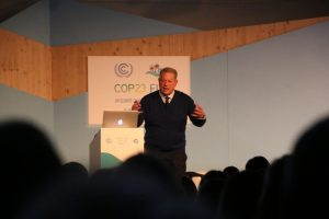 Photo: Former US Vice President Al Gore presents his latest climate change PowerPoint at COP23.