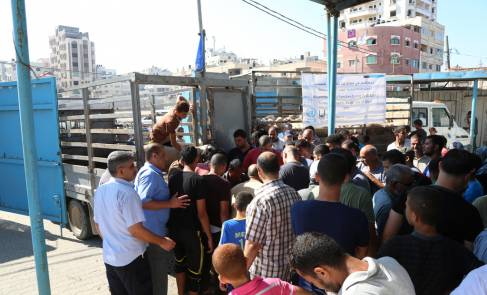 Islamic Relief USA donation enables UNRWA to distribute