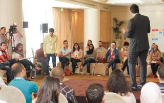 Ahmad Alhendawi in a discussion with youth in Cairo