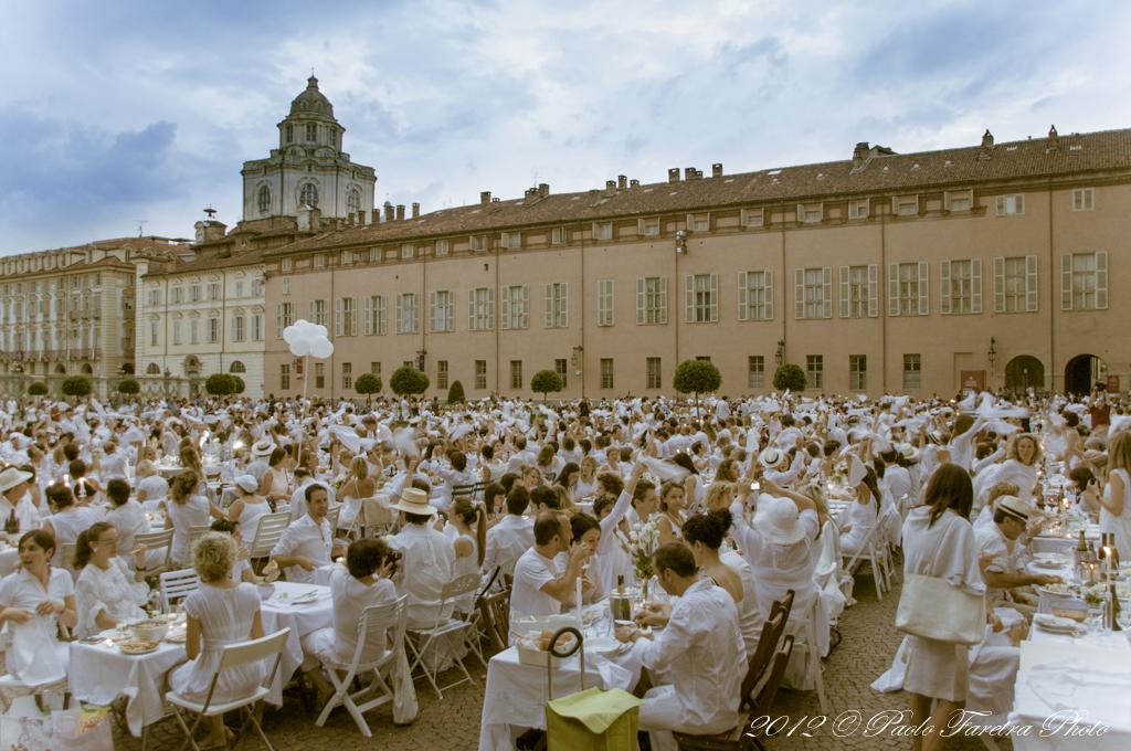Unconventional Dinner Cena in Bianco Torino