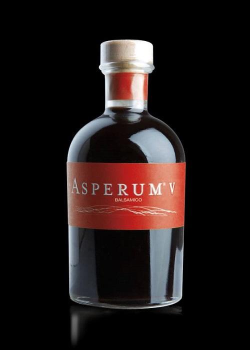 Asperum V Midolini_ Una casa in campagna