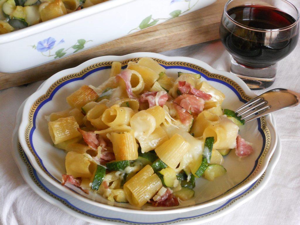 Pasta Al Forno Con Zucchine Speck E Pecorino Unadonna