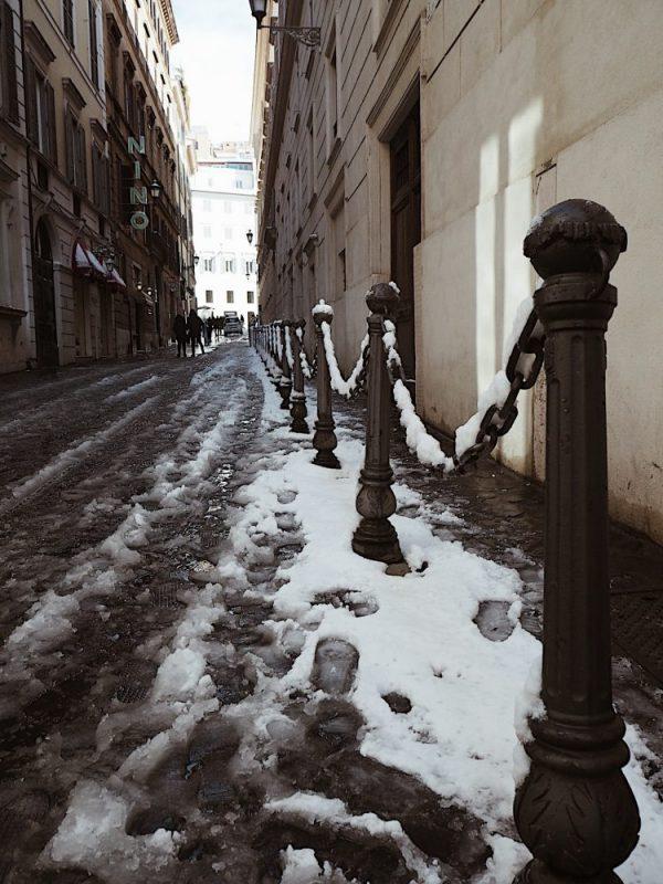 Roma innevata