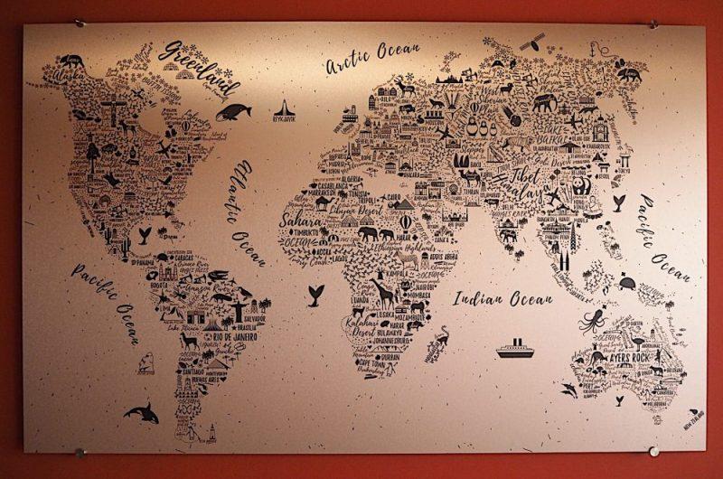 Mappamondo wall art