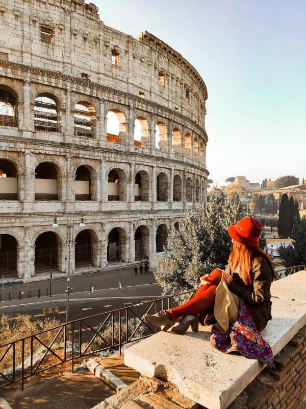 Unadonnaalcontrario Instagram Colosseo