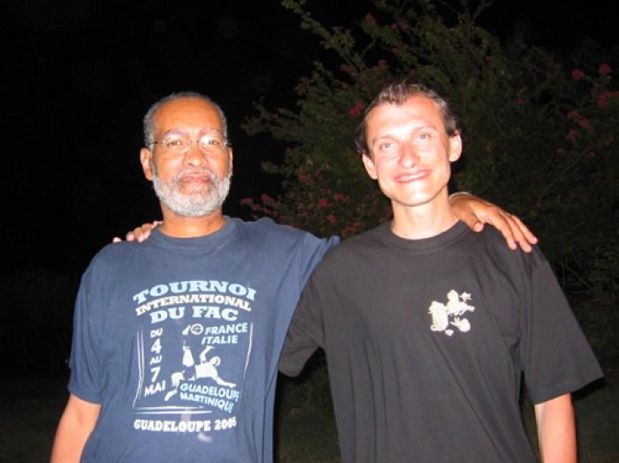Con il signor Axel, proprietario dell'appartamento che abbiamo preso in affitto in Guadalupa nel 2006.
