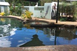 Island Leisure Resort la piscina