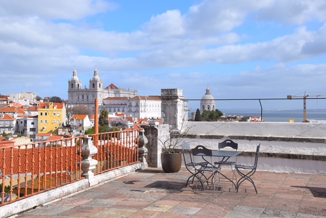 Vista su São Vicente terrazza est Palacio Belmonte