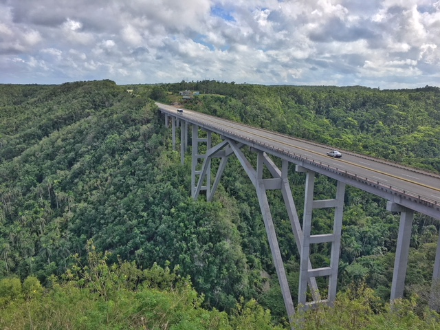 Ponte di Bacunayagua Cuba