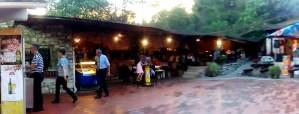 dove mangiare al campeggio Lanterna - una famiglia blu