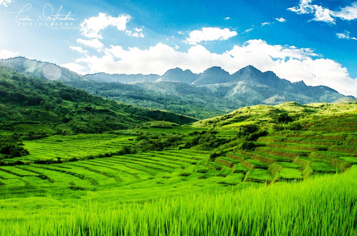 What's the landscape of Manipur like?