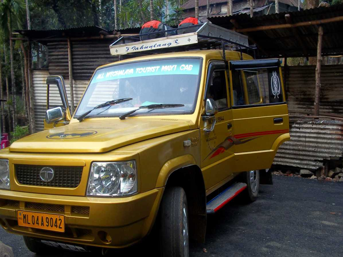 What is the best local transport in Northeast India?