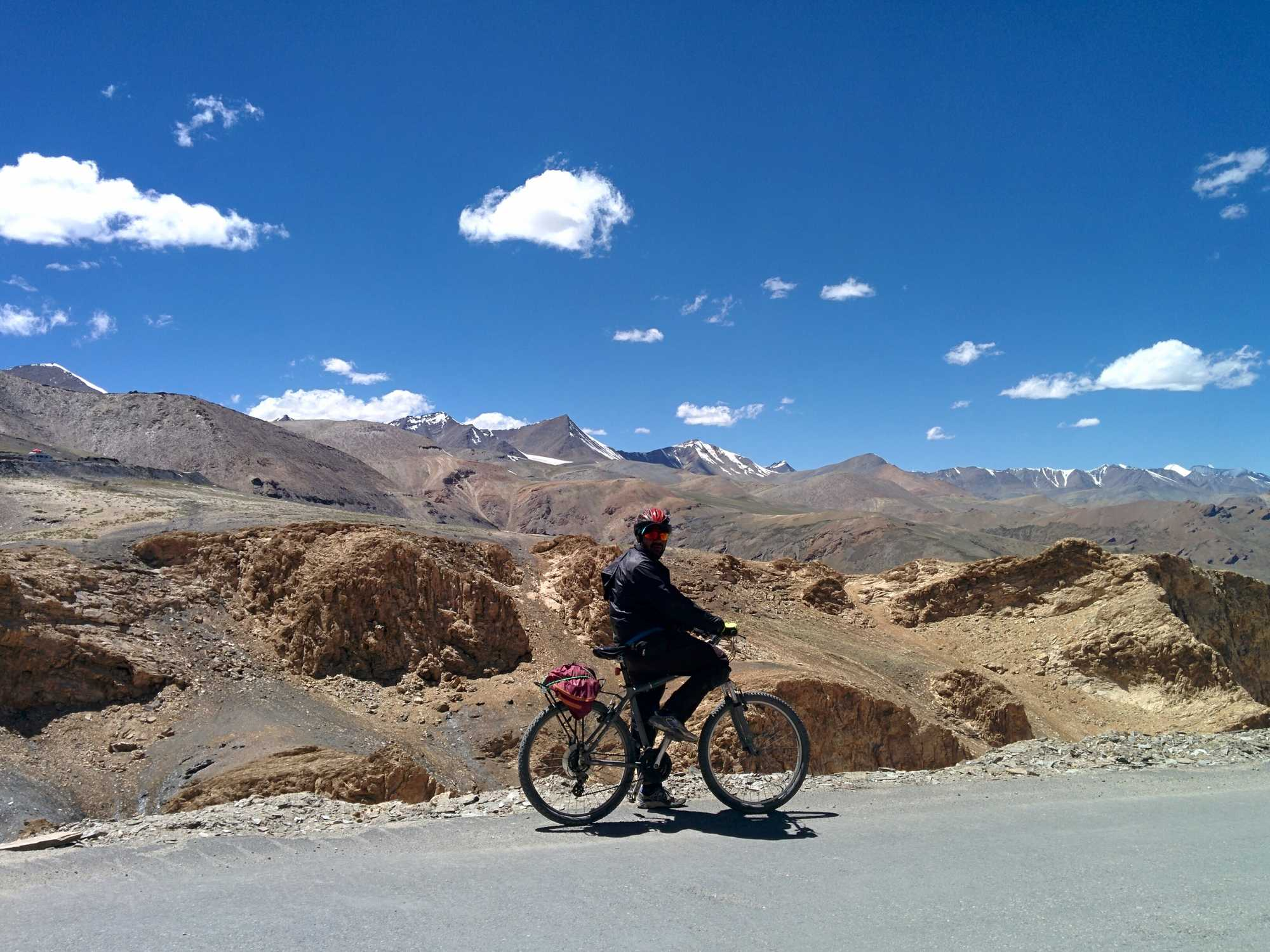 Is it difficult to cycle from Manali to Leh?